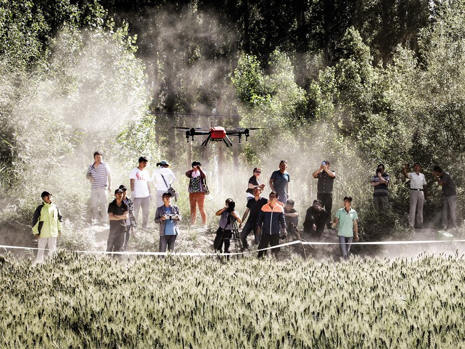 专访中外著名无人机打造者 倾听无人机创业梦想