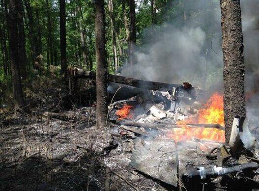 死亡的人???-yf_美军f-16战机与私人飞机南卡州空中相撞 2人死亡
