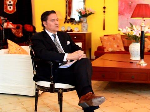 葡萄牙驻华大使:最爱吃宫保鸡丁 最爱看《丰乳肥臀》