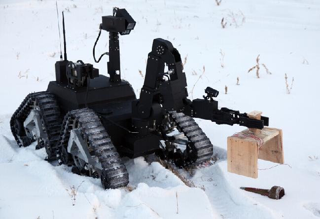 电动汽车资讯网_中国各类国产军用机器人揭秘_军事_环球网