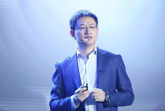 大疆潘农菲:无人机是新一代的装B利器