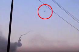 武装分子用肩扛式导弹击落伊军直升机