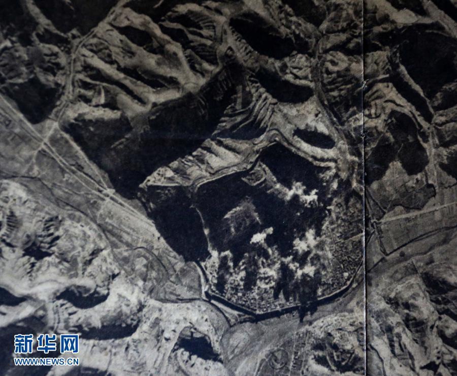 这些日本档案中细致地描述了中国共产党领导的八路军、新四军,在危急形势下挺进华北、华中的敌后,广泛发动群众,开展游击战争,狠狠打击日寇,开辟广阔敌后战场等情况。
