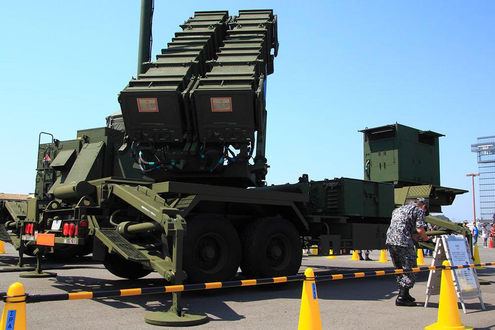 中国合法自卫武器_日本自卫队展出大批先进武器_军事_环球网