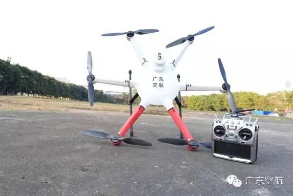 教你玩:飞无人机很不简单 不懂装懂小心炸机