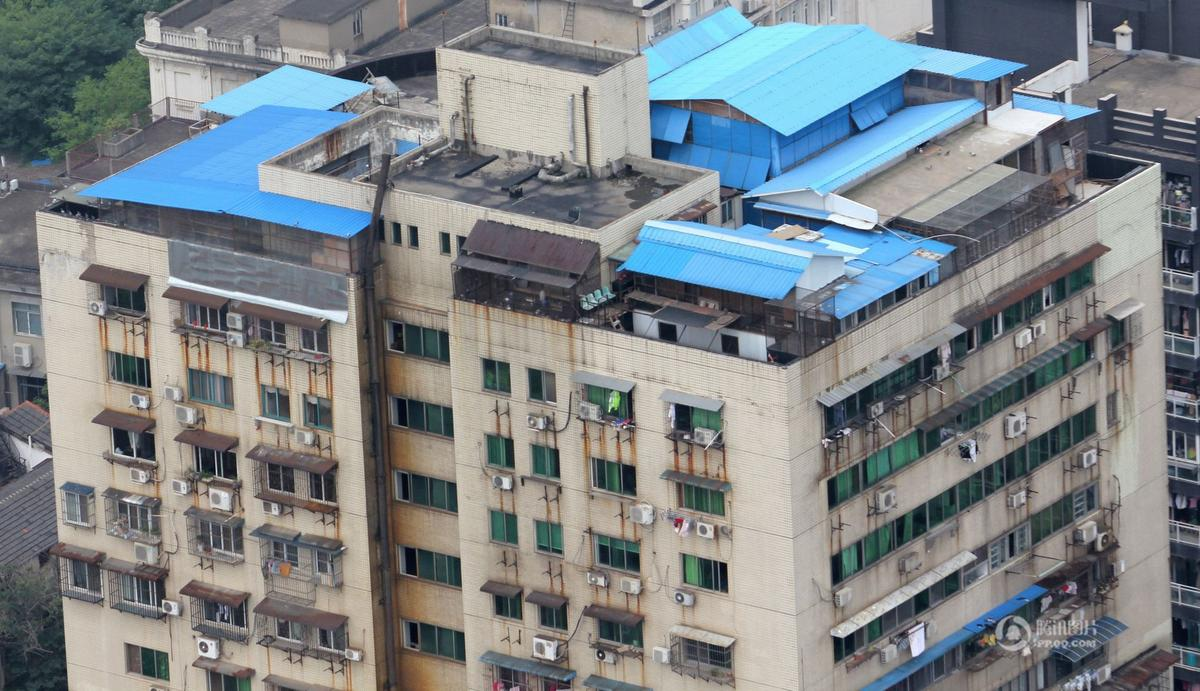 武汉/2015年7月18日,家住湖北武汉市江岸区新丽大厦的李先生反映:...