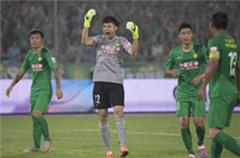 国安0-0滑至第4上港仍居首 杨智力拒达维点球