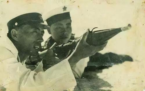 解放军守护三沙老照片