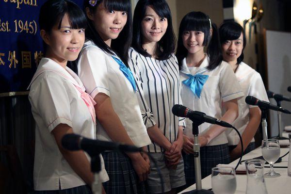 日本偶像团体表演反核电歌曲 公开批评政府安保政策