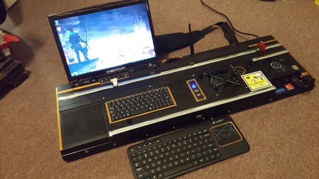 逆天杰作 国外玩家自制《暗影狂奔》便携式PC电脑