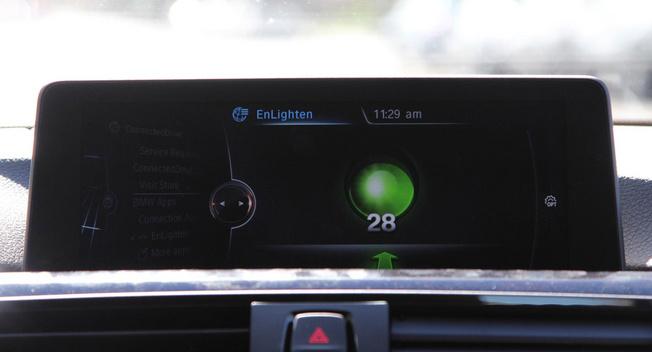 宝马推EnLighten应用 实时反映交通信号