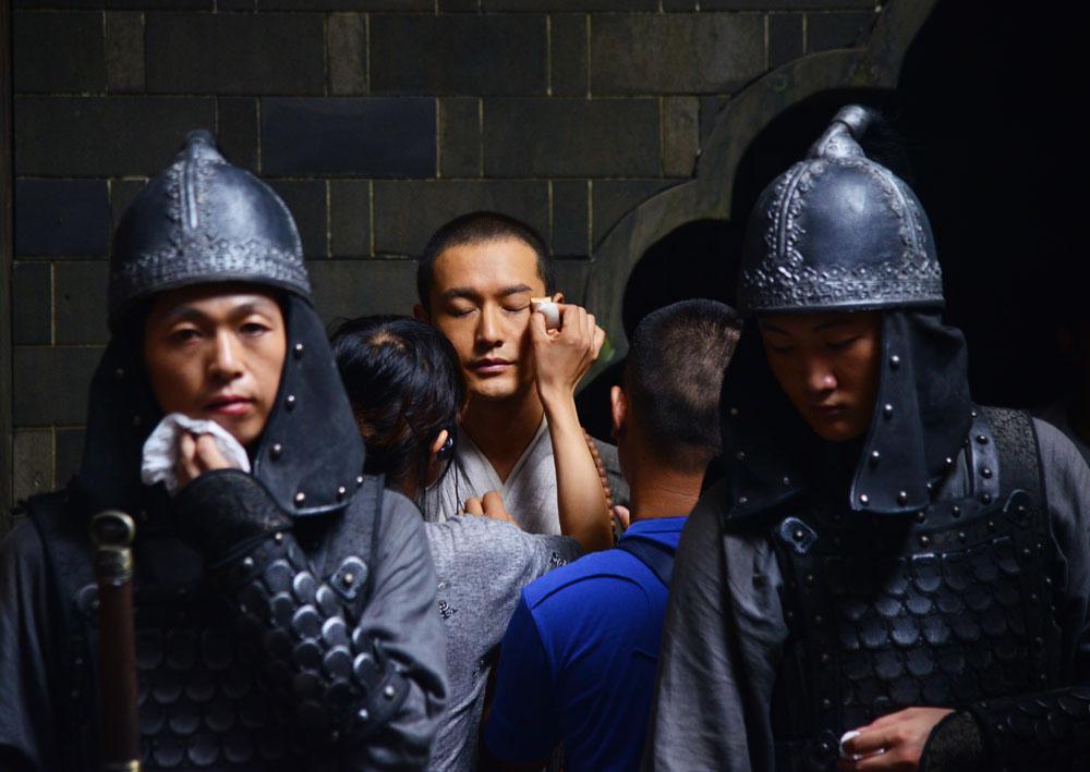 """《大唐玄奘》探班黄晓明版""""唐僧""""备受瞩目"""