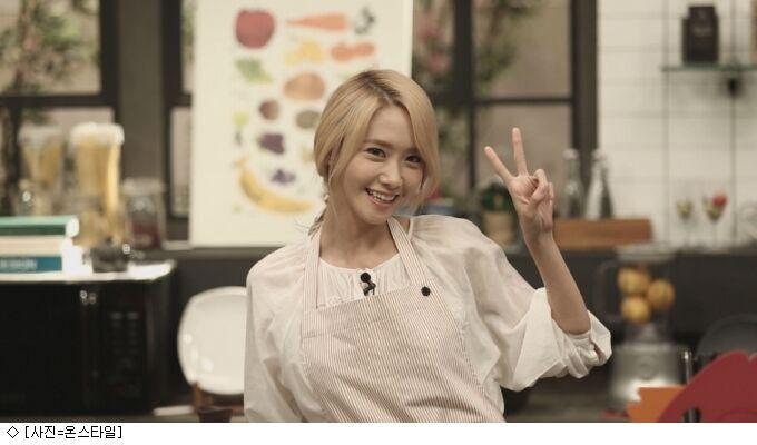 《Channel少女时代》允儿首秀厨艺 挑战韩式炖鸡