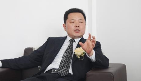 陈宏良:十年磨一剑 北京奔驰增速超60%