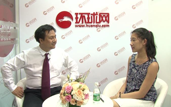 17岁华裔高材生在美圆梦创业