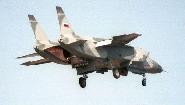 研发难度很大!中国短垂战机会参考雅克141?