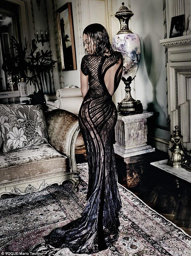 碧昂斯登《Vogue》金秋刊封面