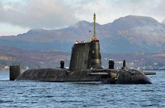 英国第三艘机敏级核潜艇海试