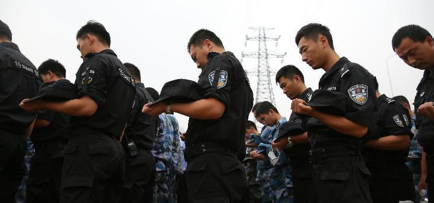社评:请别在中国痛苦时诅咒我们
