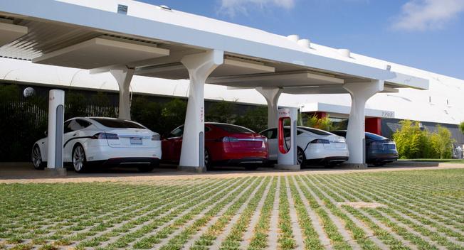 特斯拉称超级充电站被滥用 激怒美国车主
