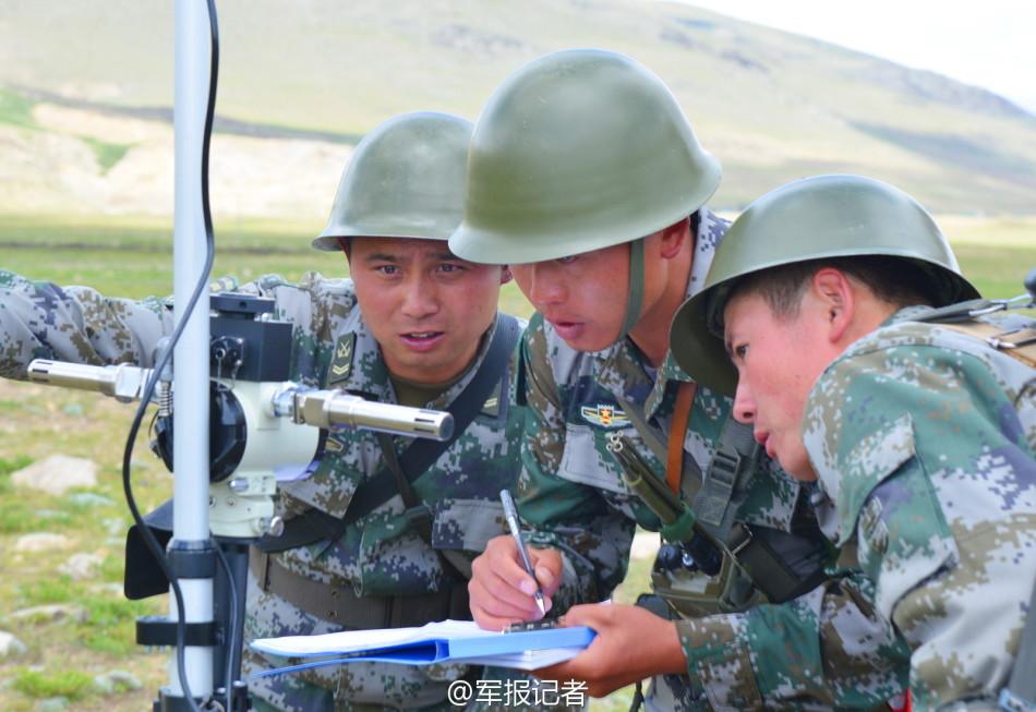 西藏军区模块火箭炮高原齐射