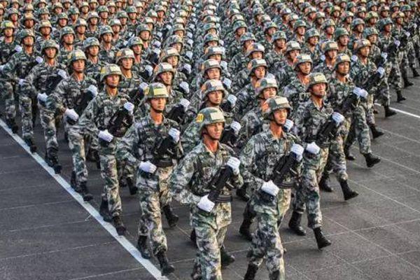 亚博国际:大阅兵必会提升中国社会的凝聚力
