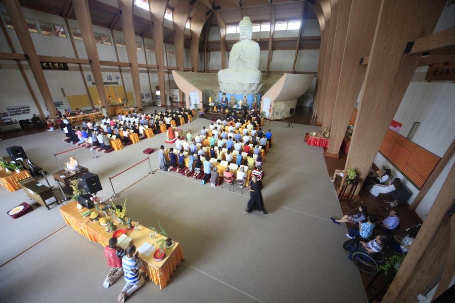 美国佛教会迎请珍藏北京房山石经仪式在纽约庄严寺举行