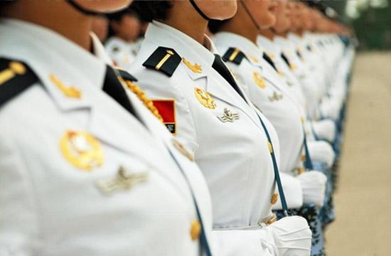 参加抗战阅兵女兵是如何炼成