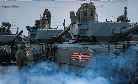 俄罗斯大阅兵最强坦克看个够