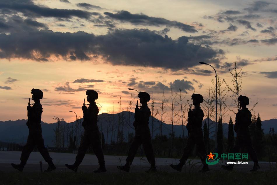 外媒盘点中国9·3阅兵亮点:50多名将军带队受阅