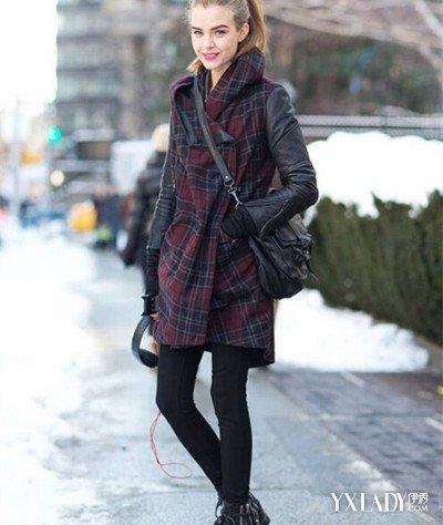 【图】街拍紧身裤性感少妇展示时尚紧身裤搭配秀出你的美腿