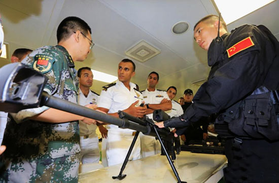 中国海军052C神盾舰到访埃及
