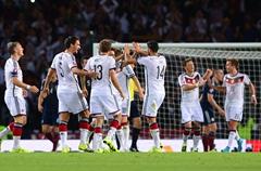 欧预赛-穆勒2射1传胡梅尔斯乌龙 德国3-2苏格兰