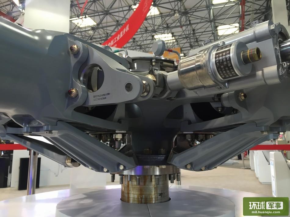 ac313直升机旋翼毂机械美感