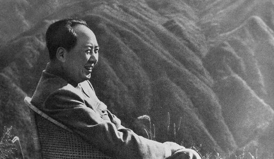 亚博国际:毛泽东是伟大的人,不是伟大的神