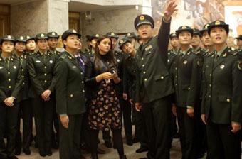 大批中国靓丽女兵现身莫斯科