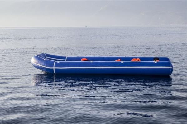被遗弃的渡海工具 叙利亚难民在希腊