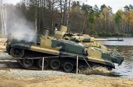俄军BMP3步战大改换上无人炮塔