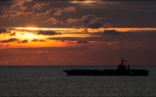 晚景凄凉:驻日美军核航母落魄离去