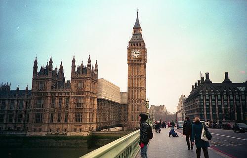 英国不断收紧学生工作签证 中国学生留英渺茫