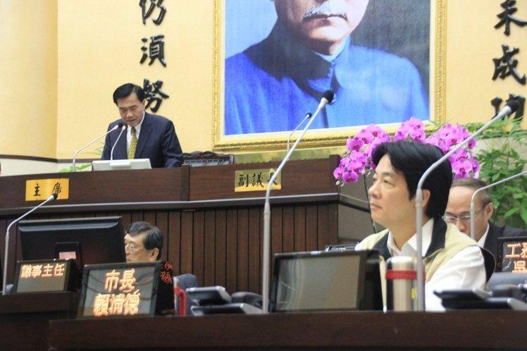 台南市政总质询首日 赖清德李全教正面交锋