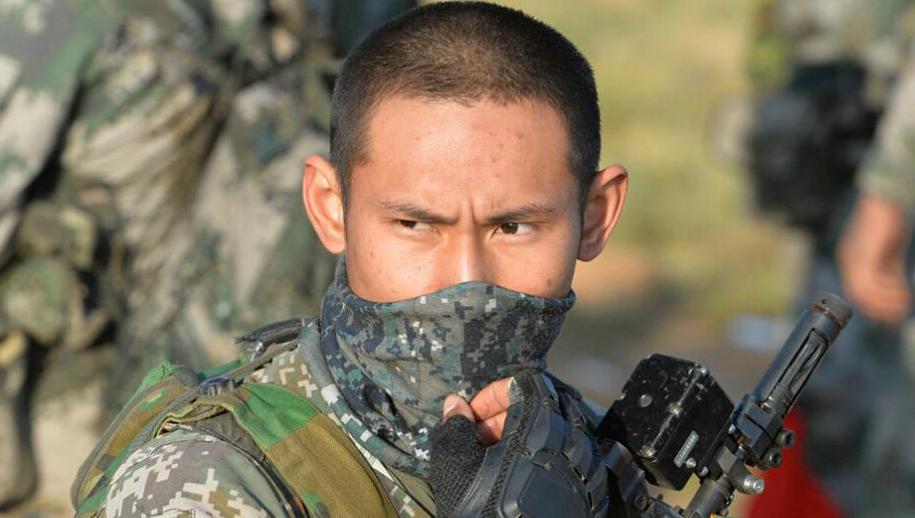 一拳超人2:琦玉将假扮茶兰子,参加武术大会,假发都...