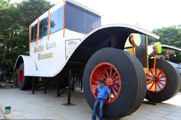 印度造7米高15米长汽车欲破世界纪录