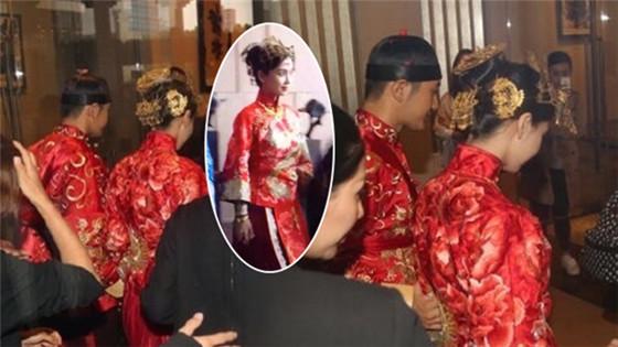 黄晓明冒雨接新娘Baby 夫妻双方跪父母敬茶
