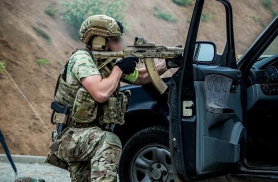 俄军神秘特种部队训练照曝光