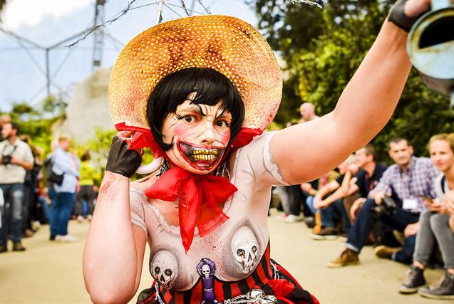 图片一周精选 英举办国际人体彩绘节