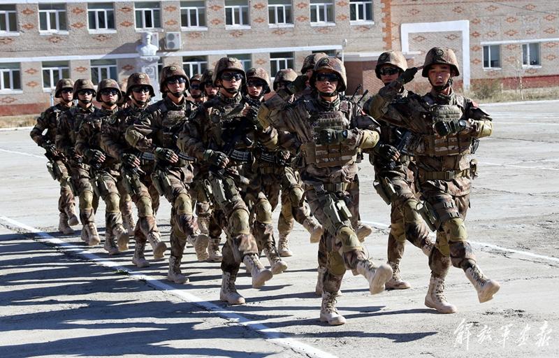 训练开训仪式在蒙古国武装力量综合训练中心举行. 据悉,此次联训图片