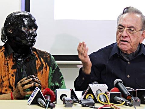 巴基斯坦前外长发新书 印度观察家助阵遭泼墨图片