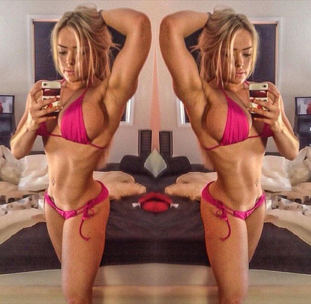 健美女模特为参加健美大赛每天高强度训练4小时