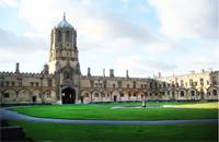 英国女子成功通过公开募捐筹得读牛津学费